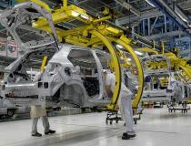 Atividade econômica cai 0,15% em agosto, diz Banco Central