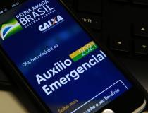 Caixa pagahojeauxílio emergencial a nascidos em abril e maio
