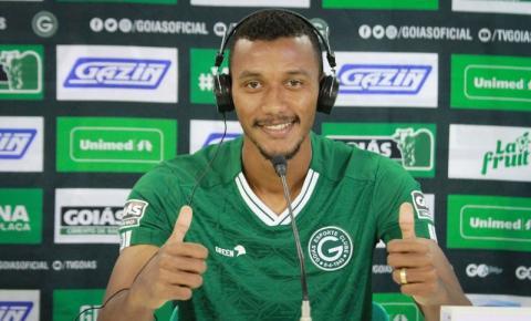 Conheça Rezende, reforço do Goiás que estreou na última rodada da Série B