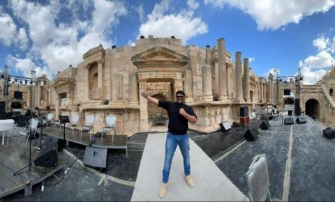 Empresário Thiago Caliri aproveita férias para conhecer países do Oriente Médio