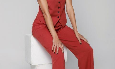 Carina Haller, atriz brasileira que faz sucesso nos EUA e estará no filme 'O Faixa-Preta', fala sobre o machismo na indústria do entretenimento