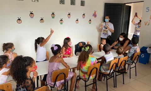 Colaboradores do HEF promovem ação social para crianças de Formosa