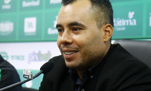 Jair Ventura é apresentado no Juventude
