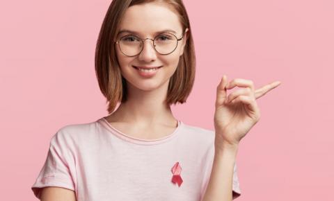 60% das mulheres europeias não sabem como se auto-examinar para ver se há câncer de mama