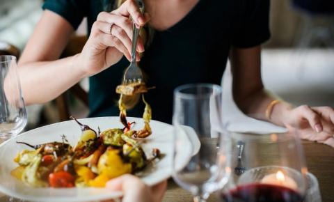 Alimentação e beleza: saiba o que comer para manter o cabelo forte